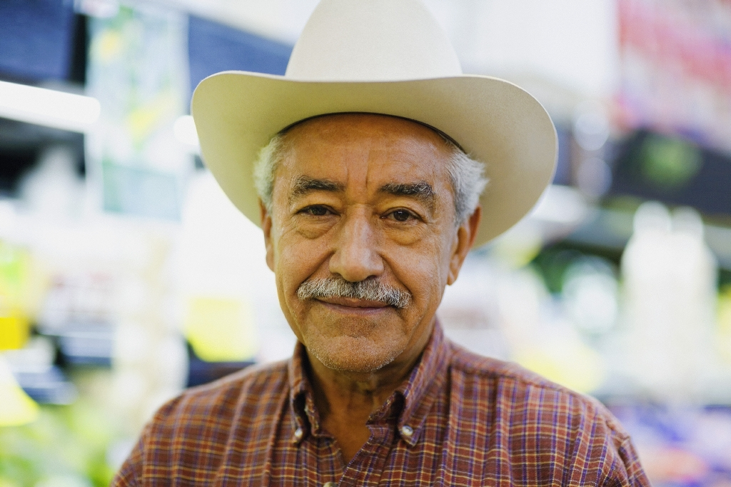 Older man with cowboy hat
